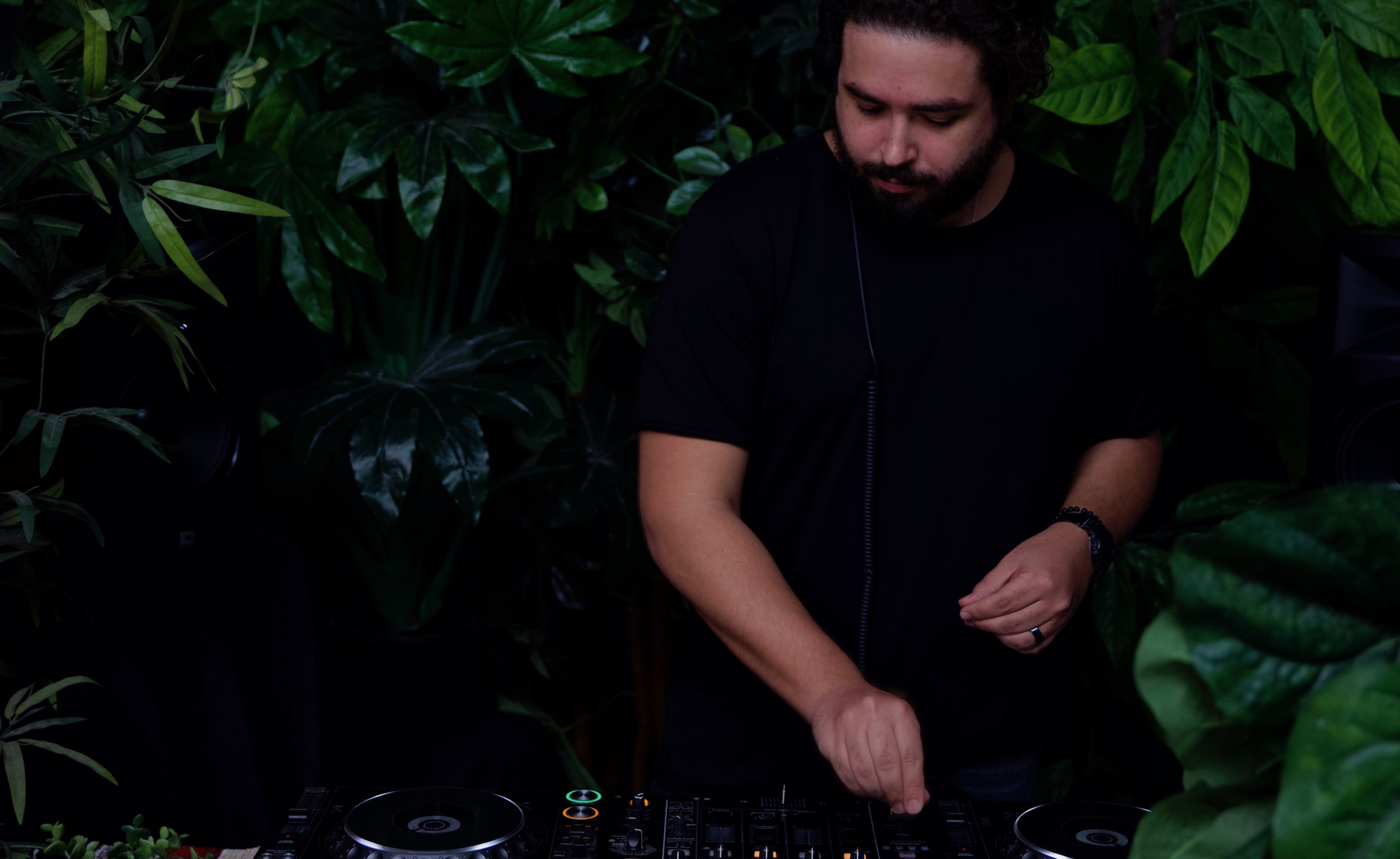 Omar Fayyad Live at Houseplant